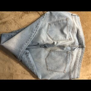 Old Navy Jeans - Cute jeans never worn